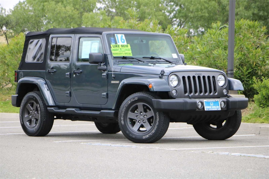 Pre-Owned 2016 Jeep Wrangler Unlimited FREEDOM EDITION