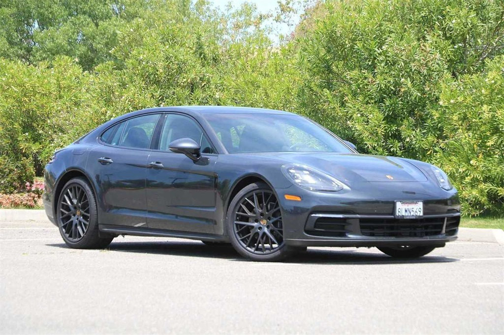 Pre-Owned 2019 Porsche Panamera Base