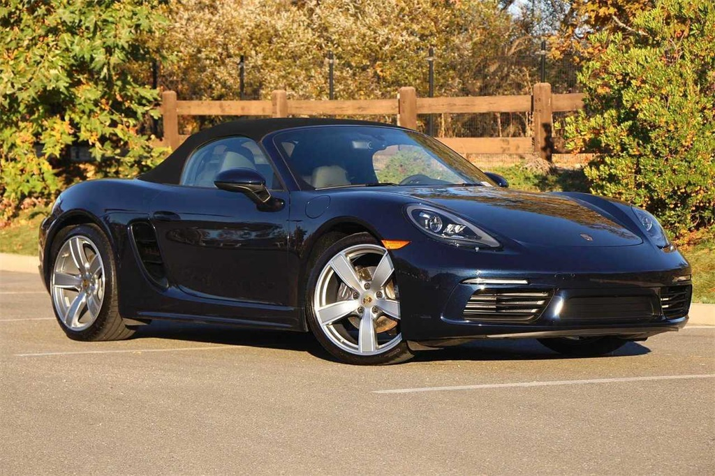 Pre-Owned 2019 Porsche 718 Boxster Base