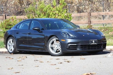 Pre-Owned 2017 Porsche Panamera Base