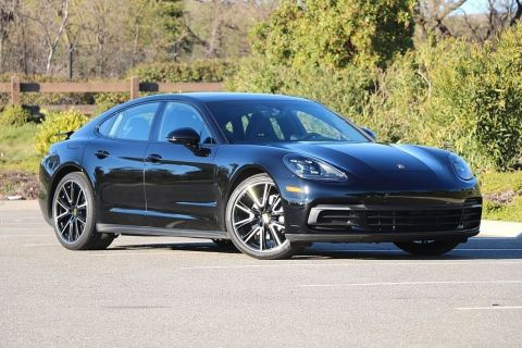 Pre-Owned 2018 Porsche Panamera Base